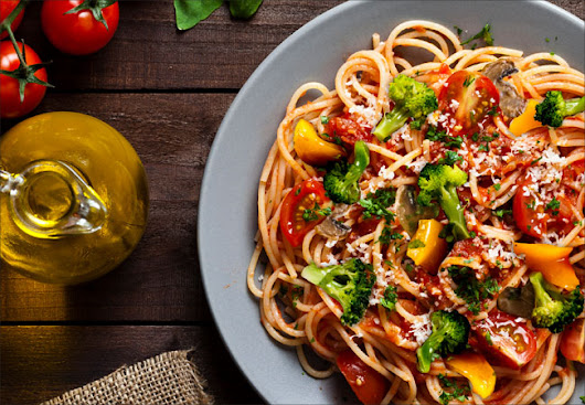 Recipe: Spaghetti With Fresh Tomato Sauce and Roasted Vegetables