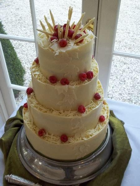 Cake Indulgence   wedding cake makers in Hampshire