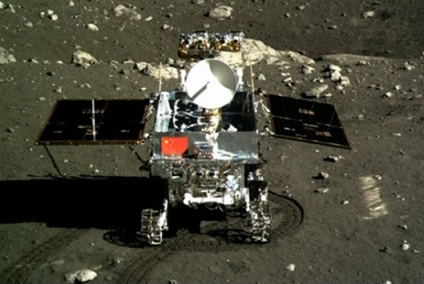 An image of China's Yutu rover that was taken by the country's Chang'e 3 lander after the joint spacecraft touched down on the Moon's surface on December 14, 2013.