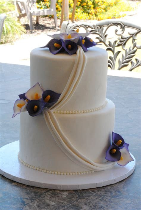 Calla Lilies Wedding Cake  My FaVoriTe CaKe PlaCe