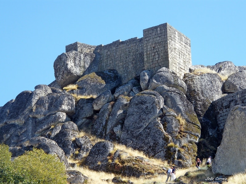 Castle of Monsanto - Monsanto, Castelo Branco