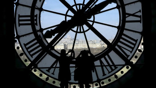 'Leap second' added for first time in three years - BBC News