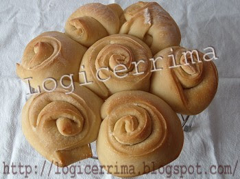 [ Pane fatto in casa - Pane di Rose ]