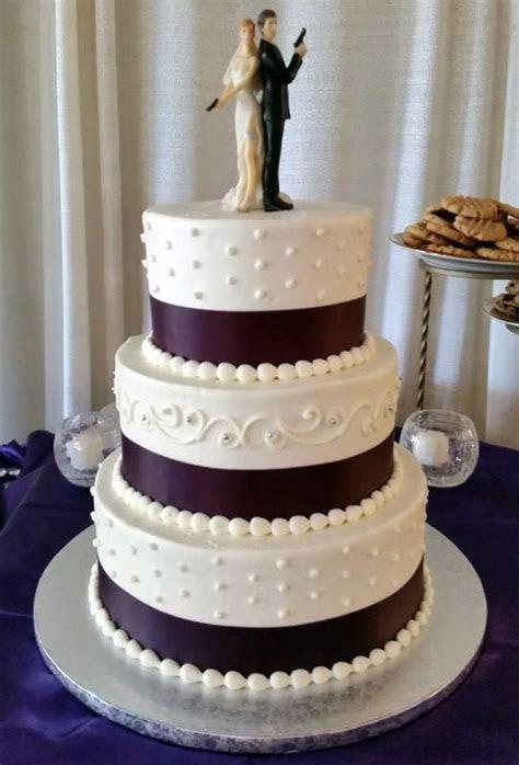 Tiffany's Bakery, Akron Ohio ? Wedding Cakes