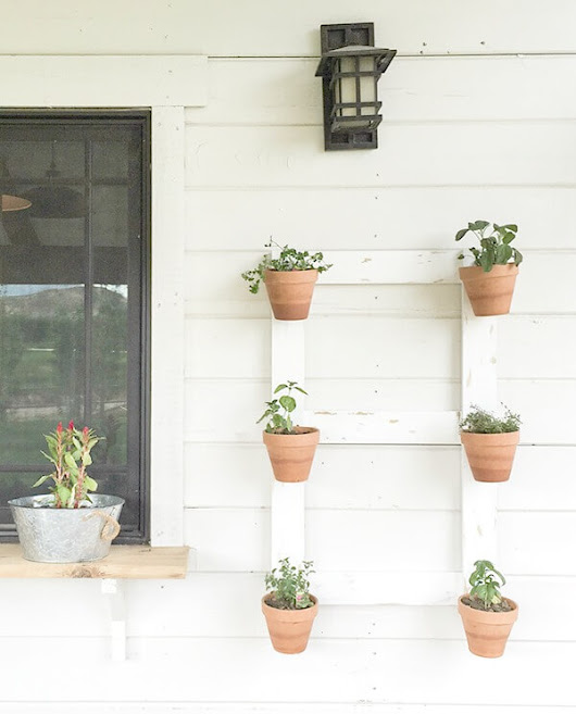 DIY Farmhouse Style Wall Planter - Twelve On Main
