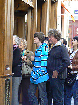 la queue chez berthillon.jpg