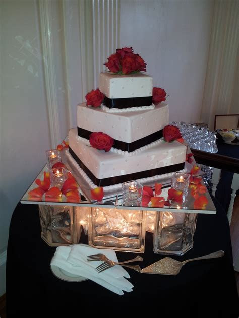 Glass block cake display   Wedding Decorating Ideas