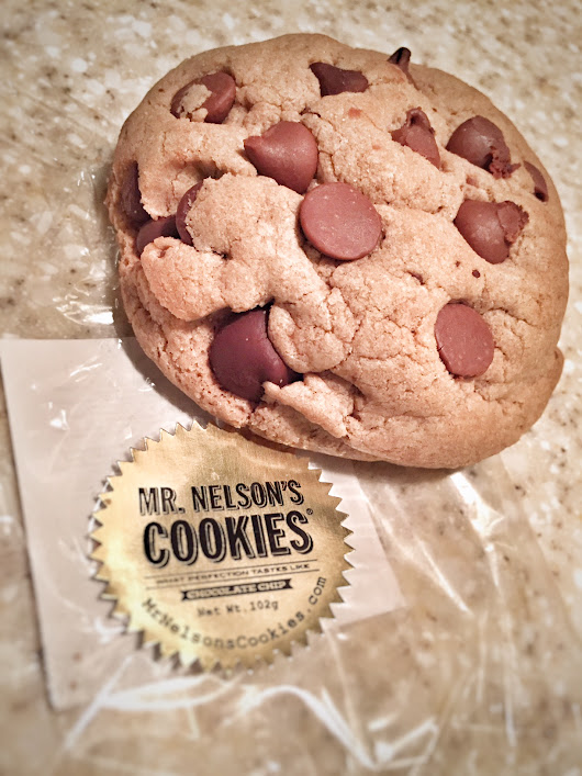 Holiday Gift Guide // Mr. Nelson's Cookies - The New Modern Momma