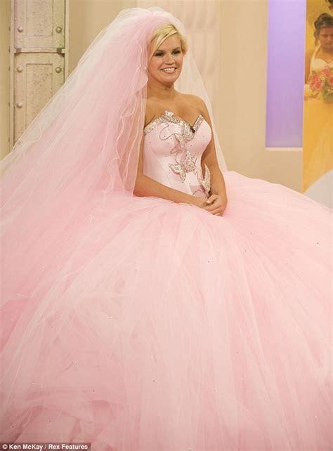 Kerry Katona tries on a Big Fat Gypsy Wedding dress