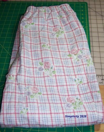 Simplicity 3928, View B pajama pants