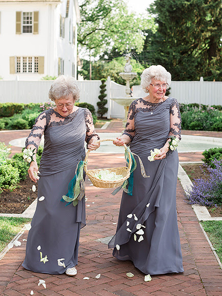 Bride and Groom Invite Their Grandmas to Be Flower Girls – See the Sweet Photos!