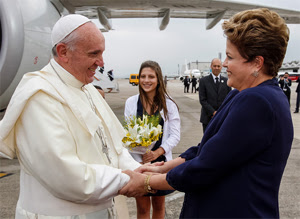 dilma_papa_02-blog-do-planalto