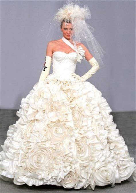 And the bride wore a Pnina Tornai dress   ISRAEL21c