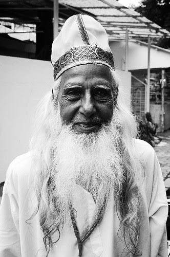 Mohomed Khwajah Ikrar Ali Madari Dam Madar Malang From Bandra .. by firoze shakir photographerno1