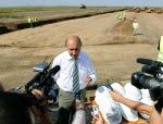 Traian Basescu si autostrazile