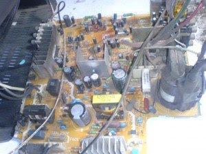 mainboard televisi Sanyo cg21vf1