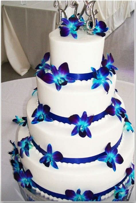 My cake!!   He Put A Ring On It   Wedding cakes, Blue
