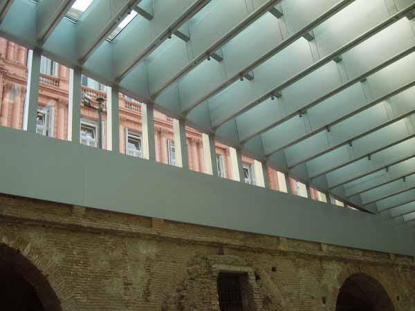 http://inhabitat.com/wp-content/blogs.dir/1/files/2011/06/Buenos-Aires-Restored-Museo-Del-Bicentenario-16.jpg