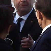 O presidente francês, François Hollande não quis deixar de marcar presença nas cerimónias fúnebres de Shimon Peres.