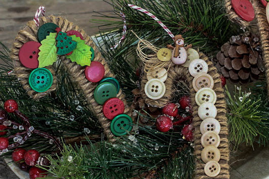 Christmas in July | Button DIY Candy Cane Ornaments