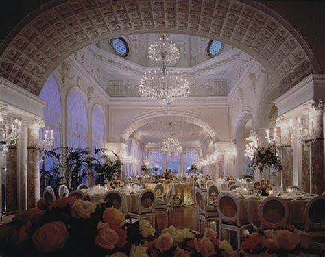 Wedding venues in Italy: planning a wedding reception in Italy