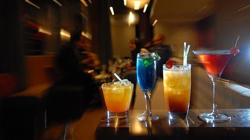 barras, bares, cocteles