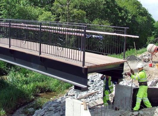 Kenny Civils & Plant Installs Pedestrian Bridge In Kilmallock
