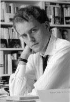 Pourquoi il faut encore lire Hervé Guibert (1955-1991)