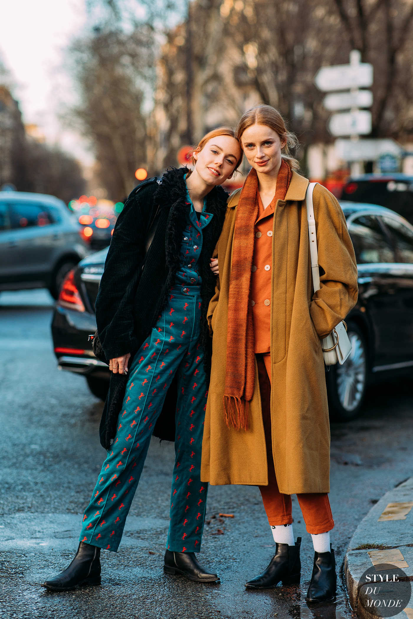 Kiki Willems and Rianne Van Rompaey by STYLEDUMONDE Street Style Fashion Photography FW18 20180304_48A4612
