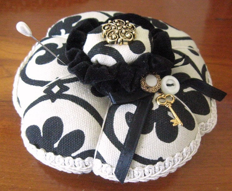 Handmade Pincushion Soft Sculpture BLACK and IVORY Double Handcrafted CharlotteStyle Needlecraft