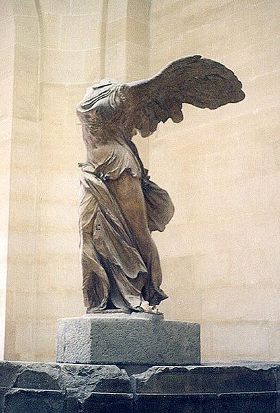 407px-Paris.louvre.winged.500pix