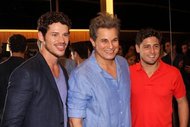 José Loreto, Edson Celulari e Daniel Rocha em evento de moda no Rio (Foto: Marcello Sá Barretto/ Foto Rio News)