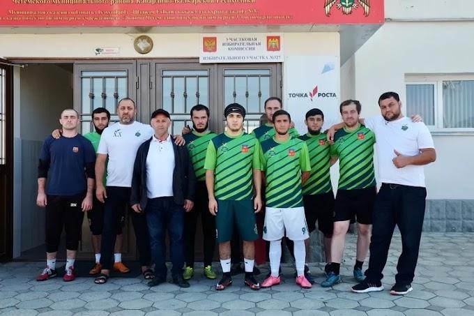 Футбольный клуб изКБР пришел навыборы вполном составе: Яндекс.Спорт
