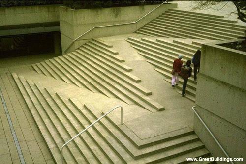 Escada e rampas integradas
