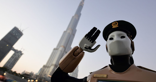 Dubai Has Robotic Police Officers And They're Amazing