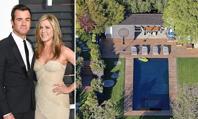 Just married! Jennifer Aniston and Justin Theroux wed in secret A-list party at Bel Air