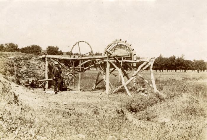 Norias en la Ribera del Tajo en junio de 1905. Fotógrafo anónimo. Colección Luis Alba. Ayuntamiento de Toledo