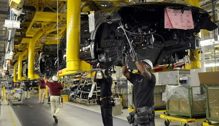 Mercedes-Benz outlines new hiring plans for Alabama plant ...
