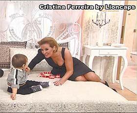 Cristina Ferreira sensual em varios momentos