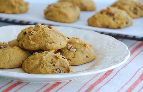 pumpkin spice cookies with cranberriesa and pecans