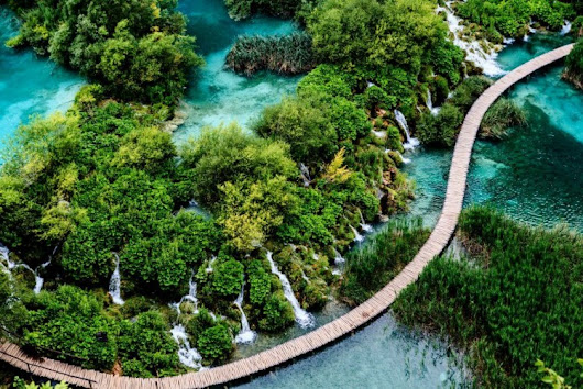 Plitvice Lakes National Park - Mesmerazing Natural Fairy Tale