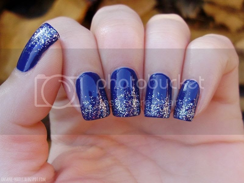 photo blue-glitter-nails-2_zps105b6e99.jpg