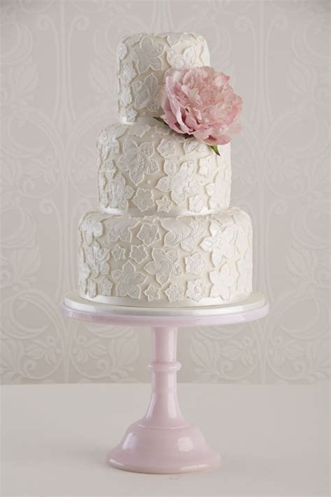 Vintage Wedding Cakes: How To Make Yours Authentic