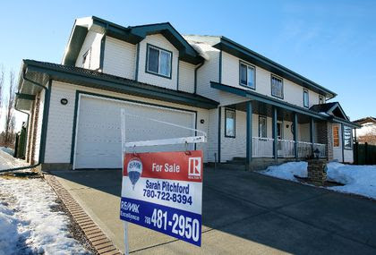 Housing market in Edmonton is looking up for spring