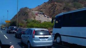 Acidente com o ônibus do Huracán (Foto: Twitter)