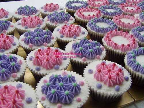 Choc Cupcakes with Pastel Deco