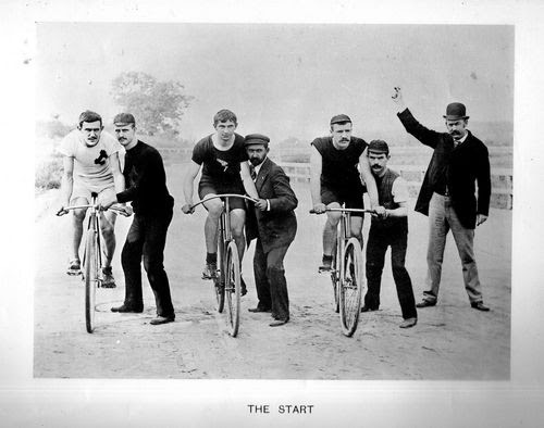 Vintage cycling race start