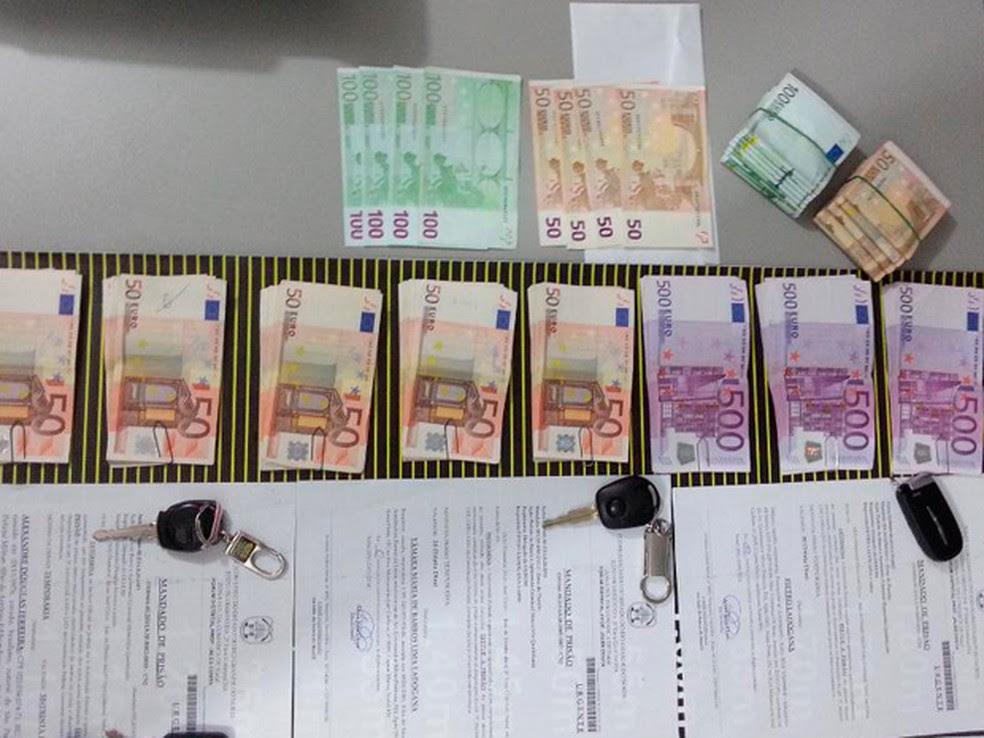Dinheiro foi apreendido na operação Pedra de Fogo (Foto: Kléber Teixeira/Inter Tv Cabugi)