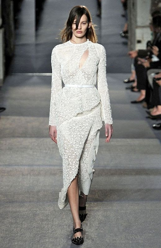 20 Alternative Wedding Looks Proenza Schouler FW 2013 Bridal Lace Belted Dress Cut Out Details Non-Traditional Bride photo 8-20-Alternative-Wedding-Looks-Proenza-Schouler-FW-2013-Bridal-Lace-Belted-Dress-Cut-Out-Details.jpg