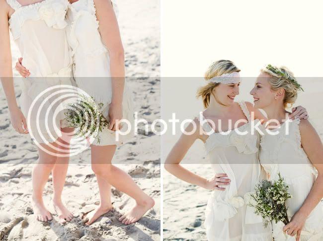 http://i892.photobucket.com/albums/ac125/lovemademedoit/welovepictures/StrandKombuis_Wedding_076.jpg?t=1324654958
